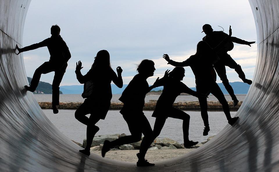 Esistono 9 strumenti e 1/2 per creare un team produttivo e felice. Li conosci?